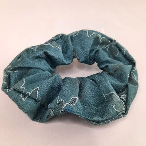 Scrunchie | Winded Leaves | Emerald
