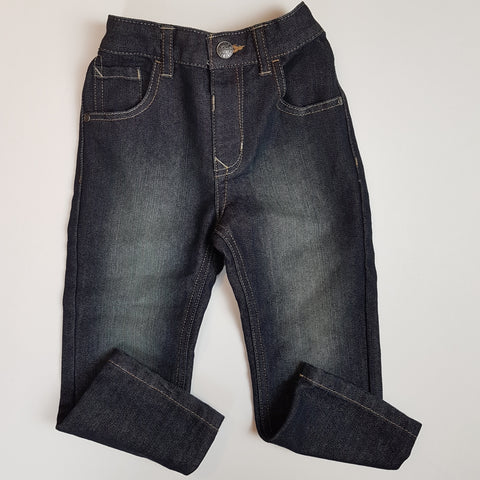 Dark Wash Straight-leg Jeans (4)