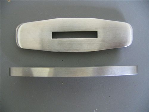 STAINLESS GUARD 3 1/4 X 1 X 3/16 SLOT 1 1/4