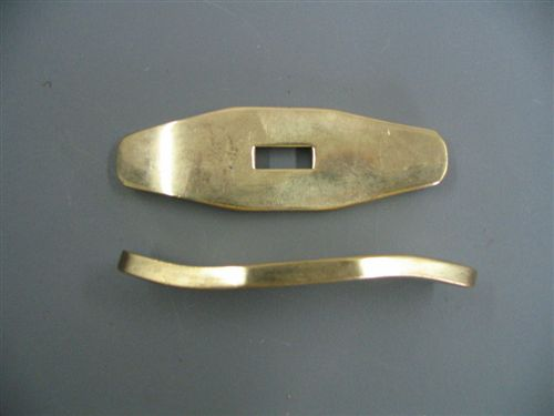 BRASS GUARD 2 7/8 X 7/8 SLOT 1/2