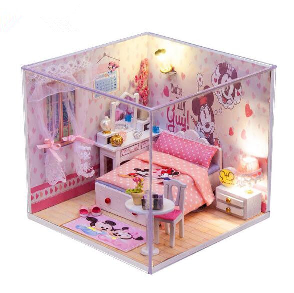 Mickey Mouse Clubhouse Miniature Doll House
