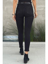 Load image into Gallery viewer, THE TASHA WASHED BLACK NONDISTRESSED DENIM