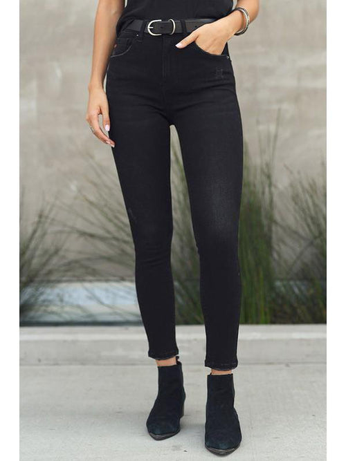 THE TASHA WASHED BLACK NONDISTRESSED DENIM