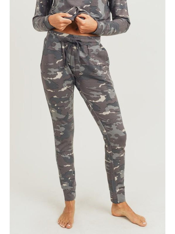 THE MORGAN EARTH CAMO SWEATPANT