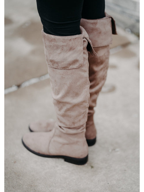 THE SLOUCHY KNEE HIGH BOOTS