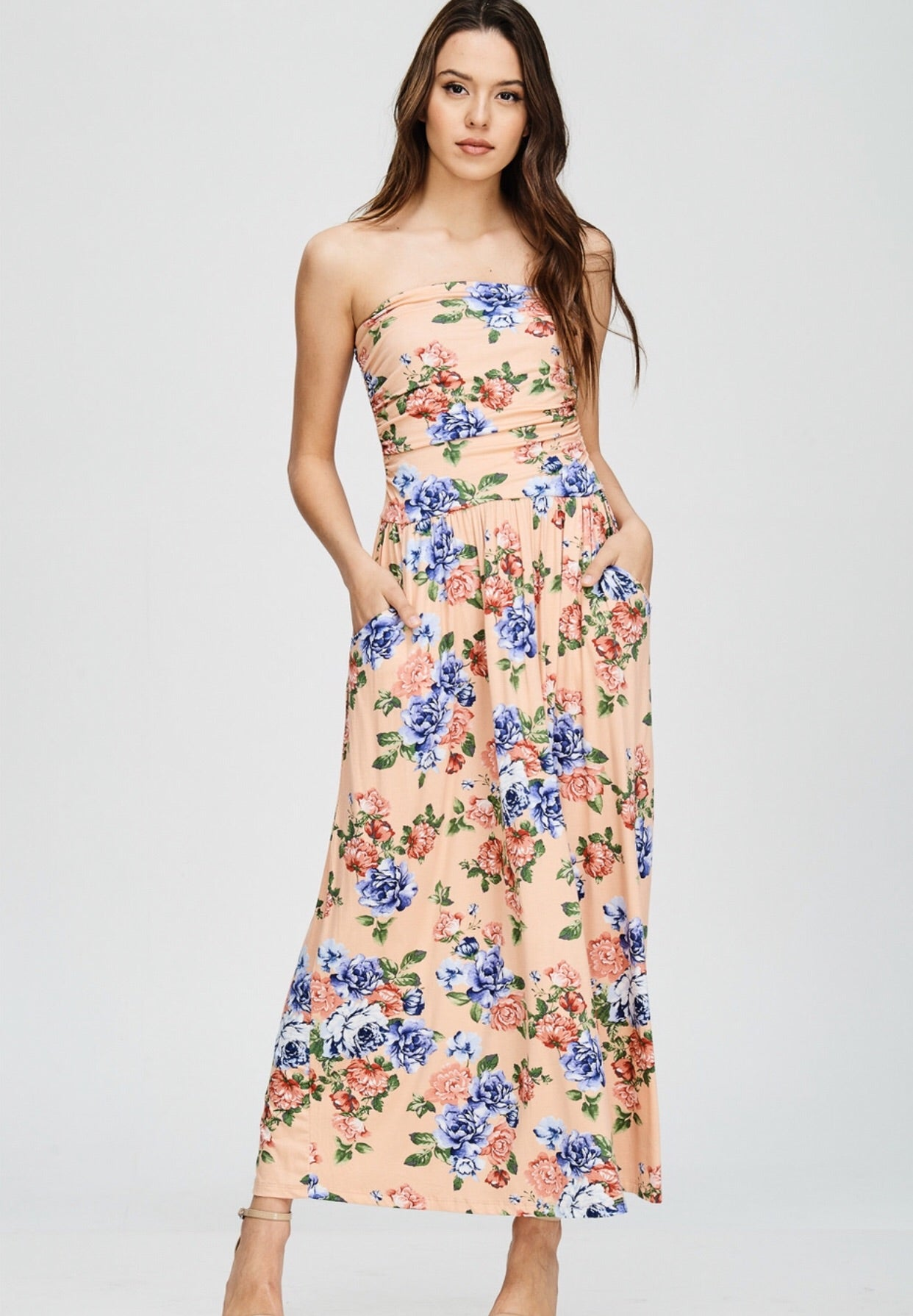 Tube top floral dress with pockets