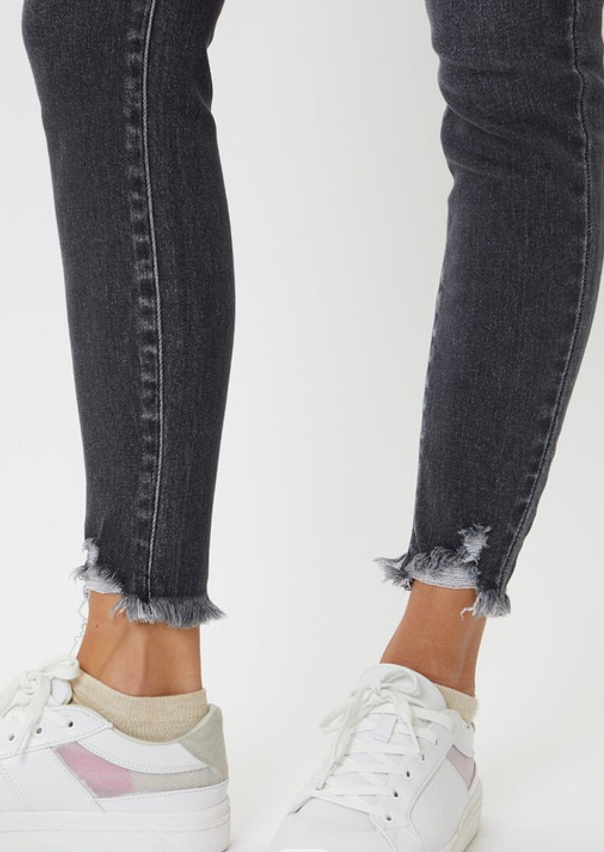 THE TINA HIGH RISE SKINNY GREY DENIM