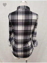 Load image into Gallery viewer, THE CATHY STRETCH PLAID BUTTON UP