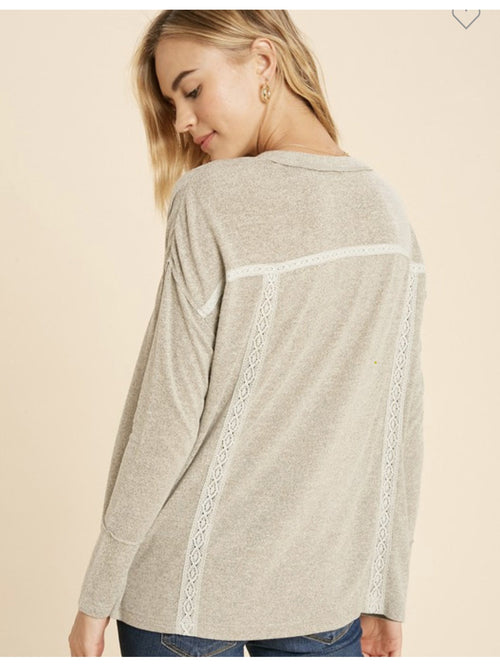 THE BRANDIE HACCI KNIT HENLEY - grey