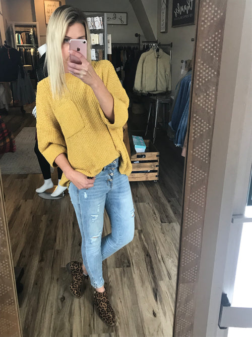 THE JENNIFER POCKET 3/4 SLEEVE SWEATER - MUSTARD