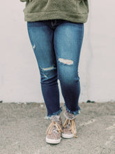 Load image into Gallery viewer, THE LEXIE HIGH RISE ANKLE SKINNY DENIM