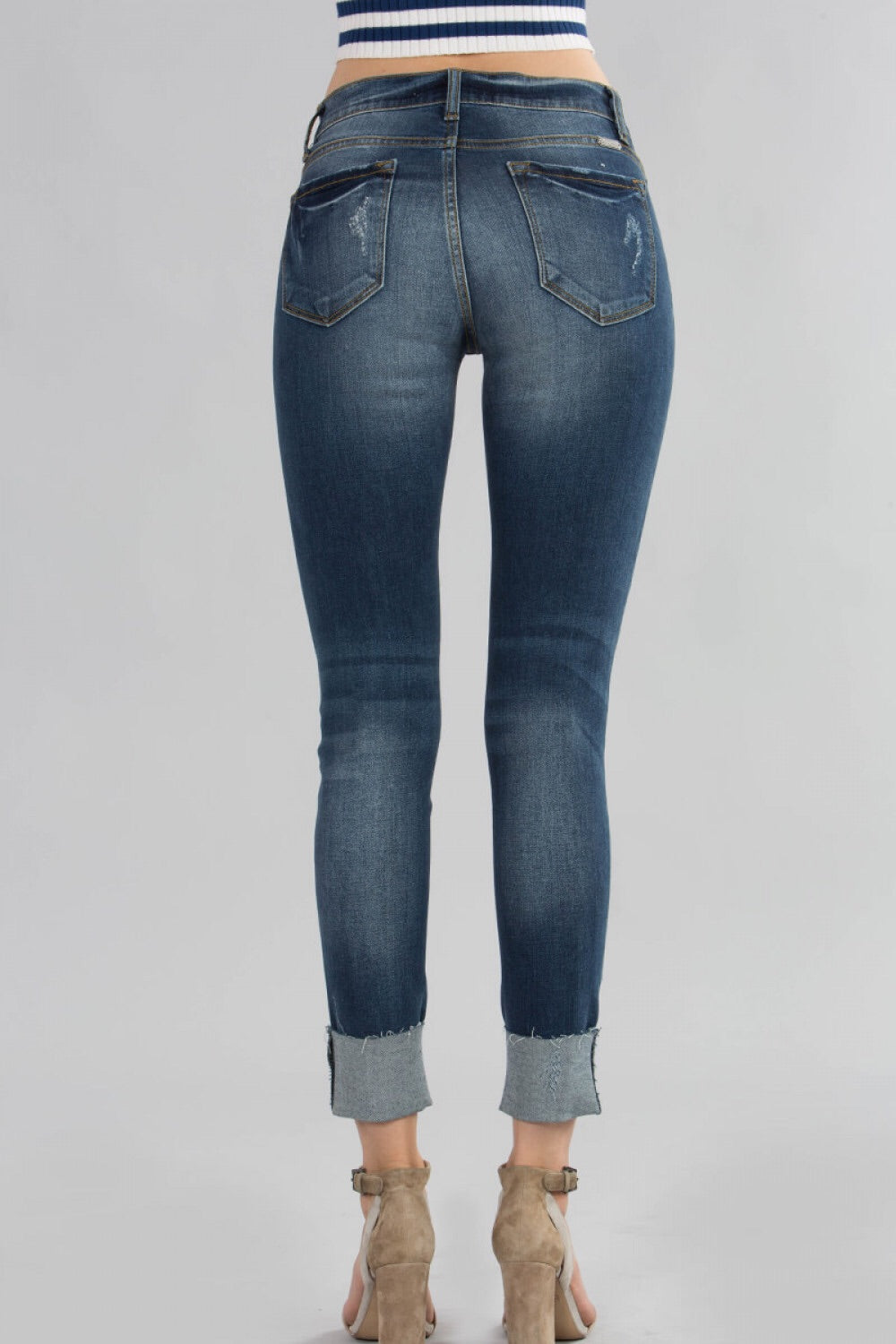 SEMI CROPPED DISTRESSED MEDIUM DENIM - KanCan