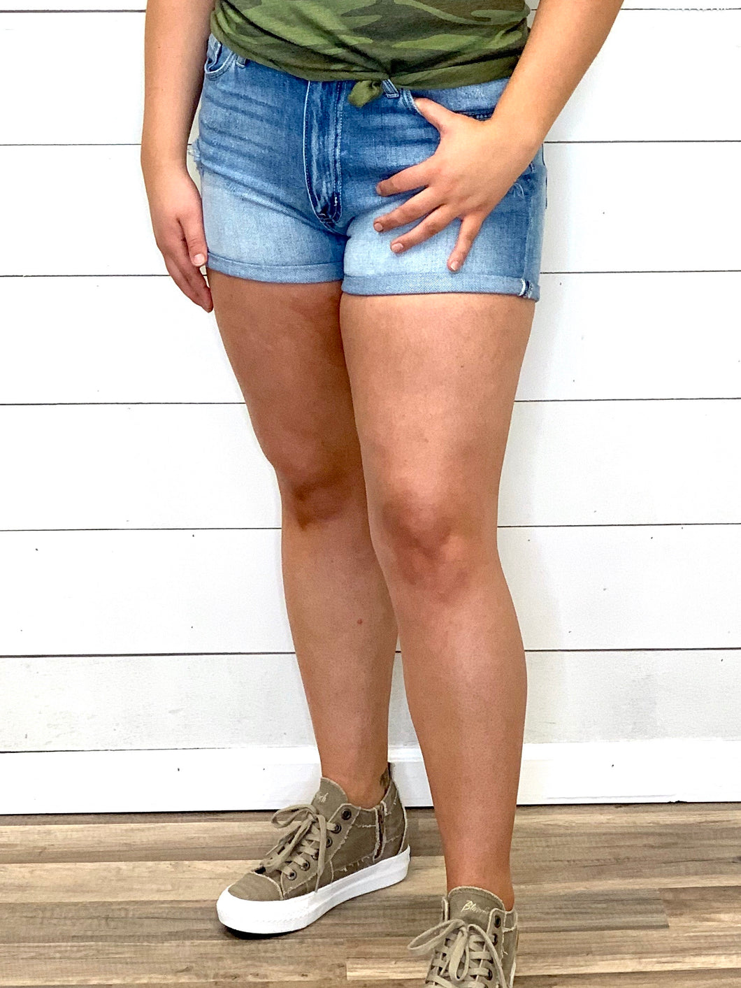THE HAZEL DOUBLE CUFFED DENIM SHORTS