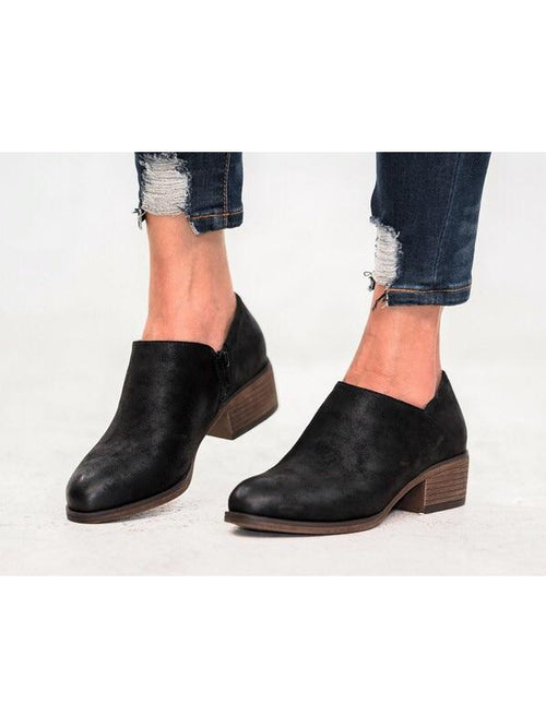 THE CARRIE ANKLE BOOTIES - 2 colors