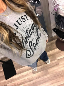 THE VINTAGE SOUL LIGHTWEIGHT SWEATSHIRT