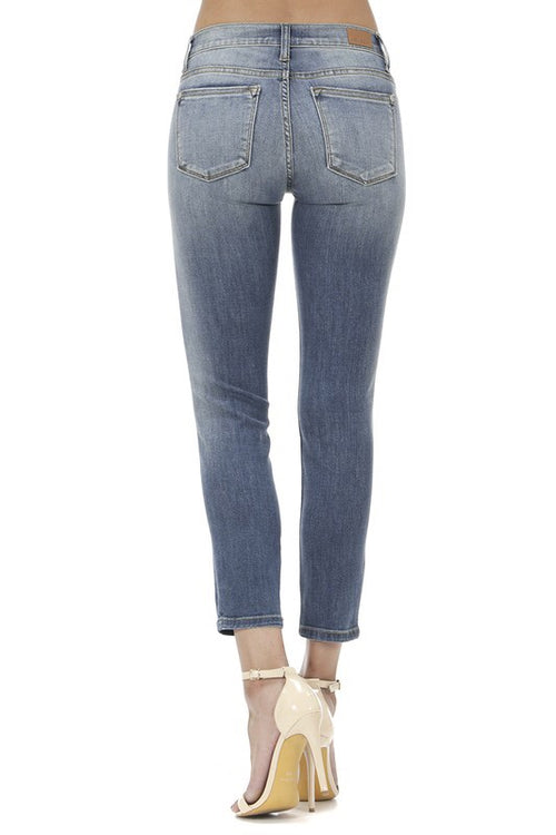 THE STEPHANIE HAND SAND WASH RELAXED DENIM