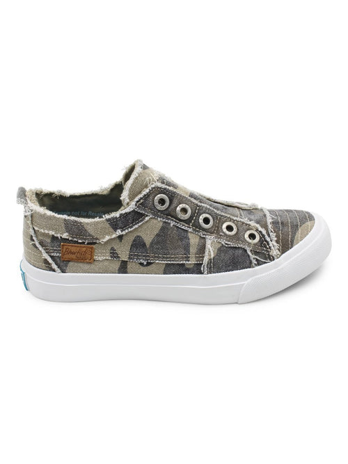 THE PLAY NATURAL CAMO SNEAKER