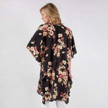 Load image into Gallery viewer, THE JANET FLORAL KIMONO