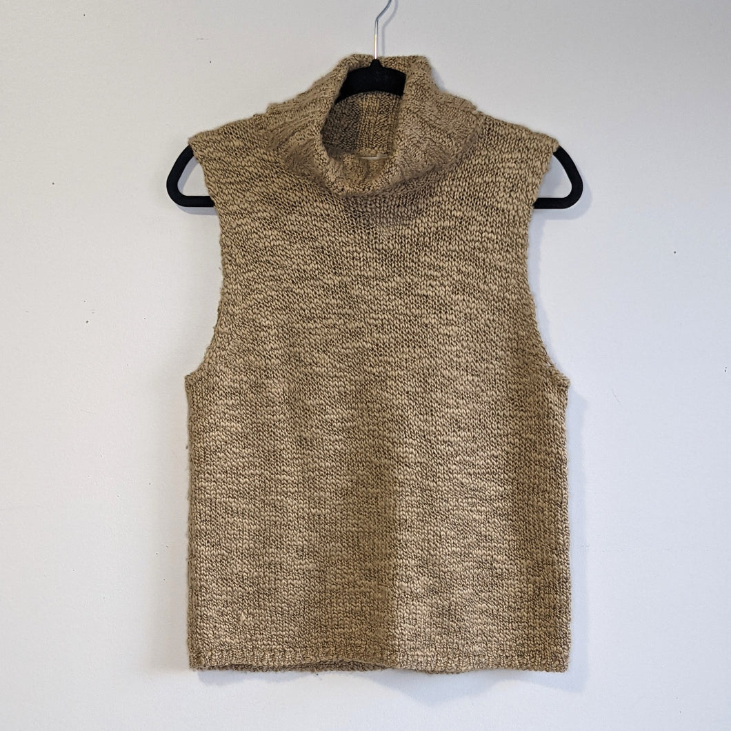 Kasper knits sleeveless top - Large