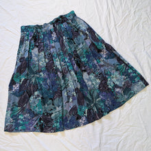 Load image into Gallery viewer, 90's skirt - Large