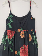 Load image into Gallery viewer, Empire waist summer dress - Small
