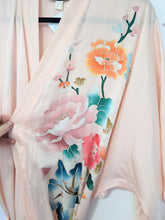 Load image into Gallery viewer, Blush pink silk robe - Medium