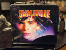 AUTOGRAPHED SMALLVILLE LUNCHBOX (signed by Michael Rosenbaum)