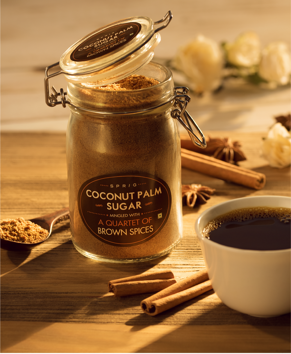 Rich, creamy flavours combine with the subtle molasses, this vanilla sugar with its large crystals and bold flavour enhances the luscious bourbon vanilla flavour to get fuller and elegant, more than ever.