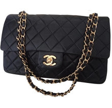 CHANEL - Classic leather handbag