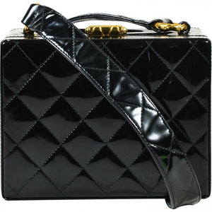 CHANEL - Box leather hadnbag