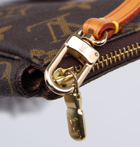 LOUIS VUITTON - Monogram Pochette