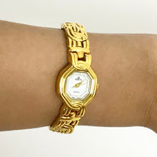 THE RAE JOSEPH - Gold watch