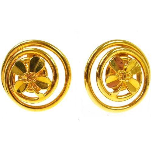 CHANEL - Gold earrings