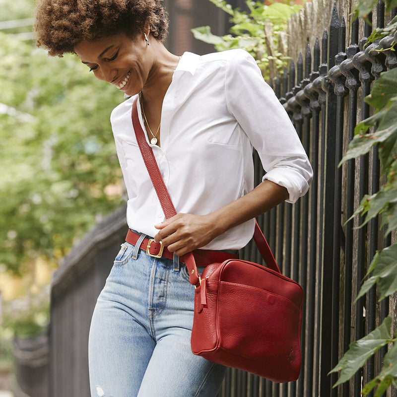 Crosstown Carryall - Red