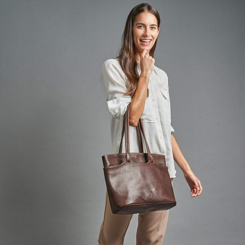 The Classic Tote - Brown