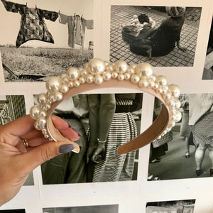Cream Deluxe Pearl Crown