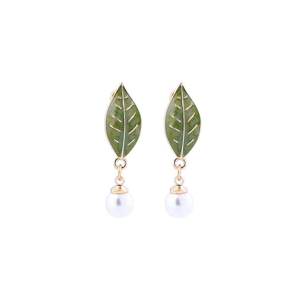 Cassia Enamel Leaf and Pearl Earring