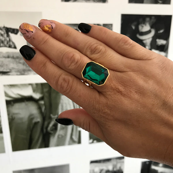 The Legacy Ring Gold/Emerald Green