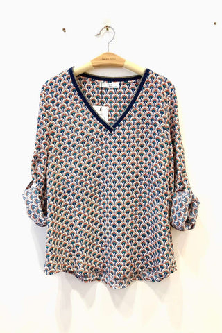 Rylee Fan Print V-neck Top Rust and Navy