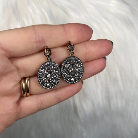 Sadie Luxury Oval Drop Earring