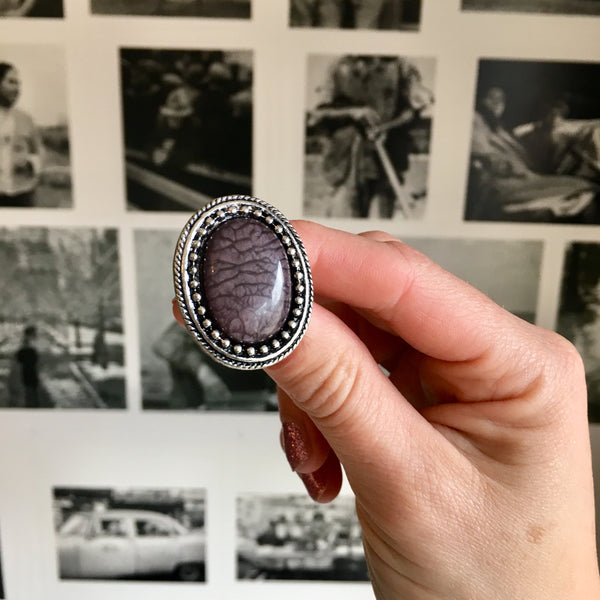 Vintage Style Cracked Ring Grey