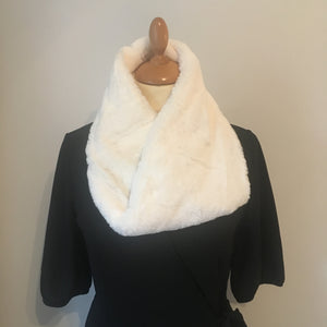 Faux Fur Snood Winter White