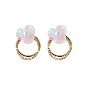Ada Hoop Earring with Pearl Effect Flower