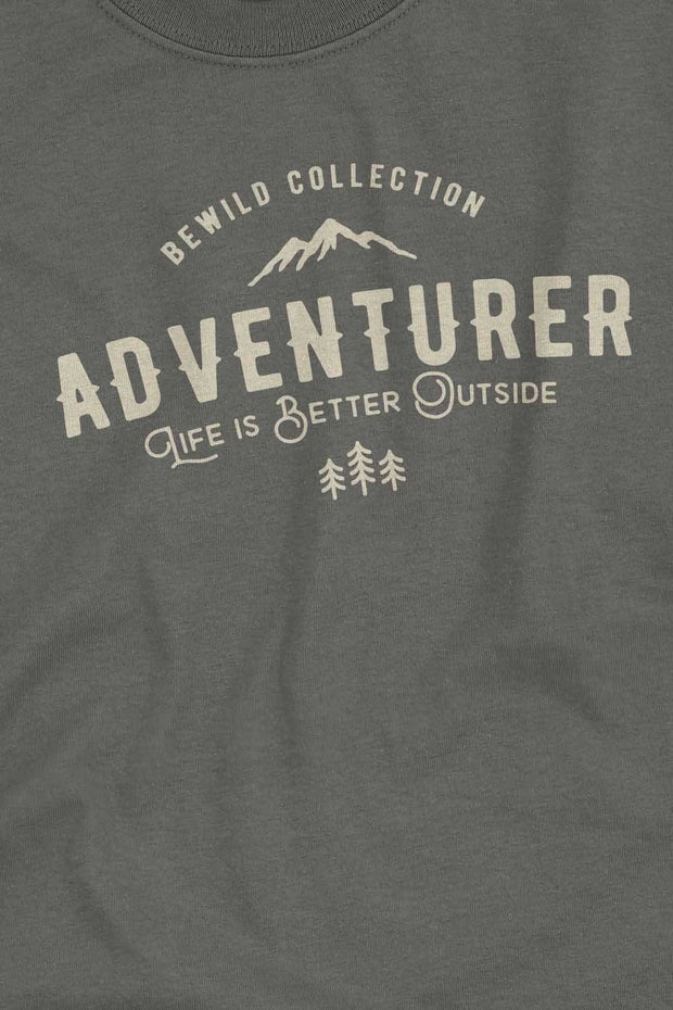 t_shirt_homme_coton_biologique_adventurer_life_is_better_outside_logo