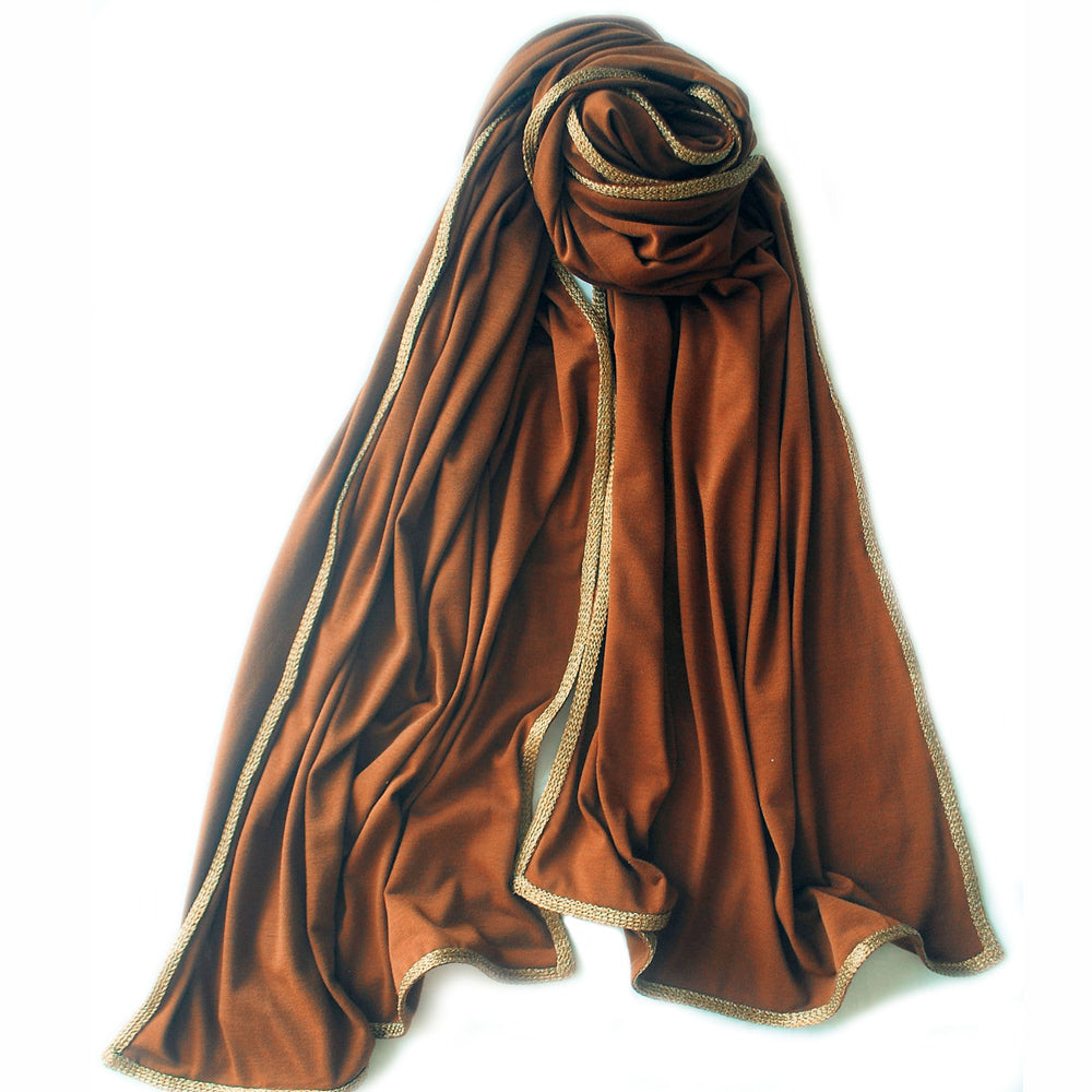 Jersey gold trim scarf