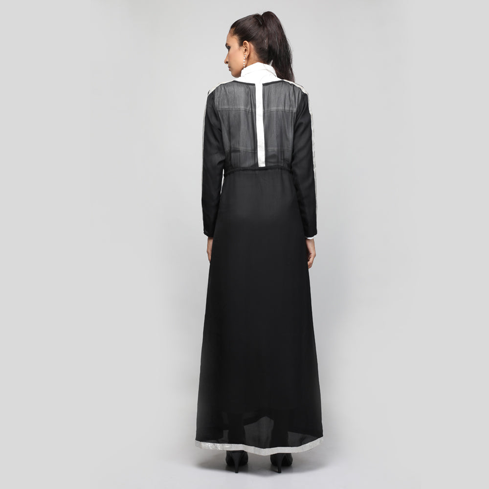 Abaya with brocade details