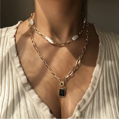 PENDANT LAYERED NECKLACE