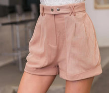 FLOATY SHORT