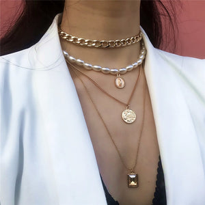 LAYERED COLAR NECKLACE
