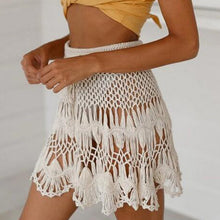 TIE WAIST CROCHET MINI SKIRT